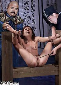 He rammed his cock up Xiulan's screaming anus pic 1